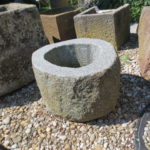 Brunnen aus Granitfindling BWk002