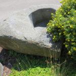 Brunnen aus großem Granitfindling BWk013 (5)