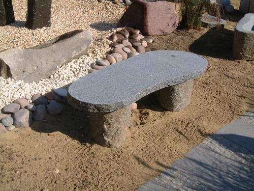 Sitzbänke & Tische