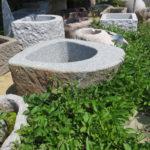 Steinbrunnen für den Garten