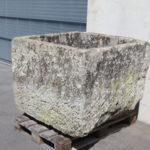 Brunnen antik groß