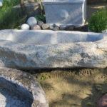 Brunnefindling mit ausgearbeitetem Becken