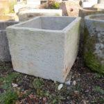 Steinbrunnen aus Sandstein antik für den Garten